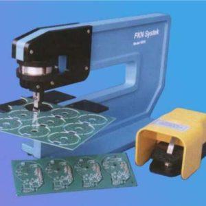 מכונות לחיתוך כרטיסים