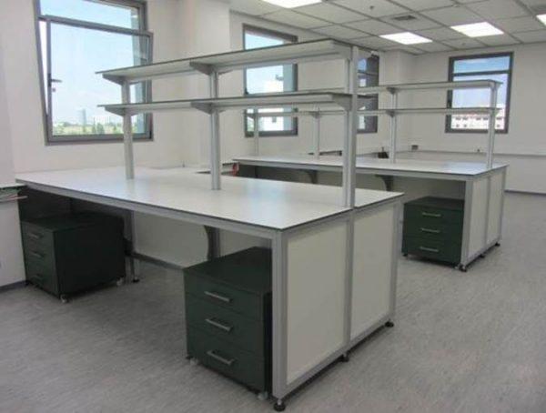 שולחן אלומיניום HPL
