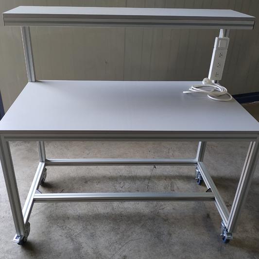 שולחן טרספה למעבדה