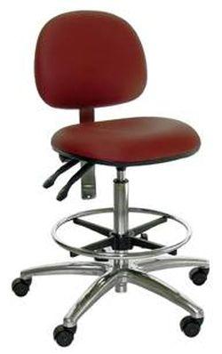 כיסא גבוה בצבע אדום