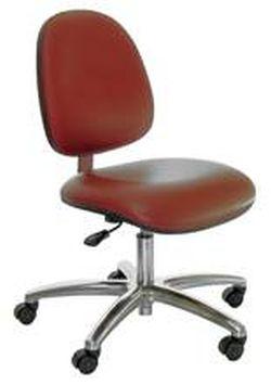 כיסא רגיל בצבע אדום