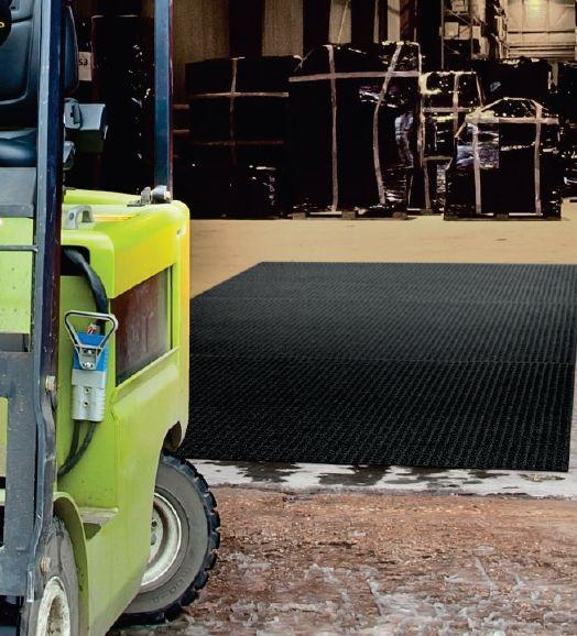 שטיח כניסה למחסנים